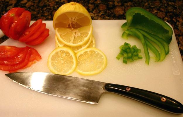 Knife01
